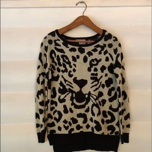 Snow leopard sweater